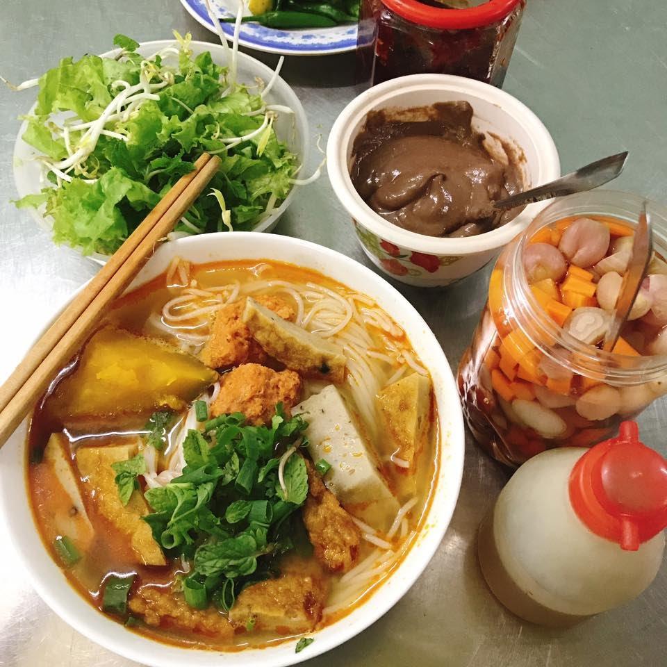 Photo of TOP 5 đặc sản Đà Nẵng ngon nhất ăn một lần là nhớ mãi