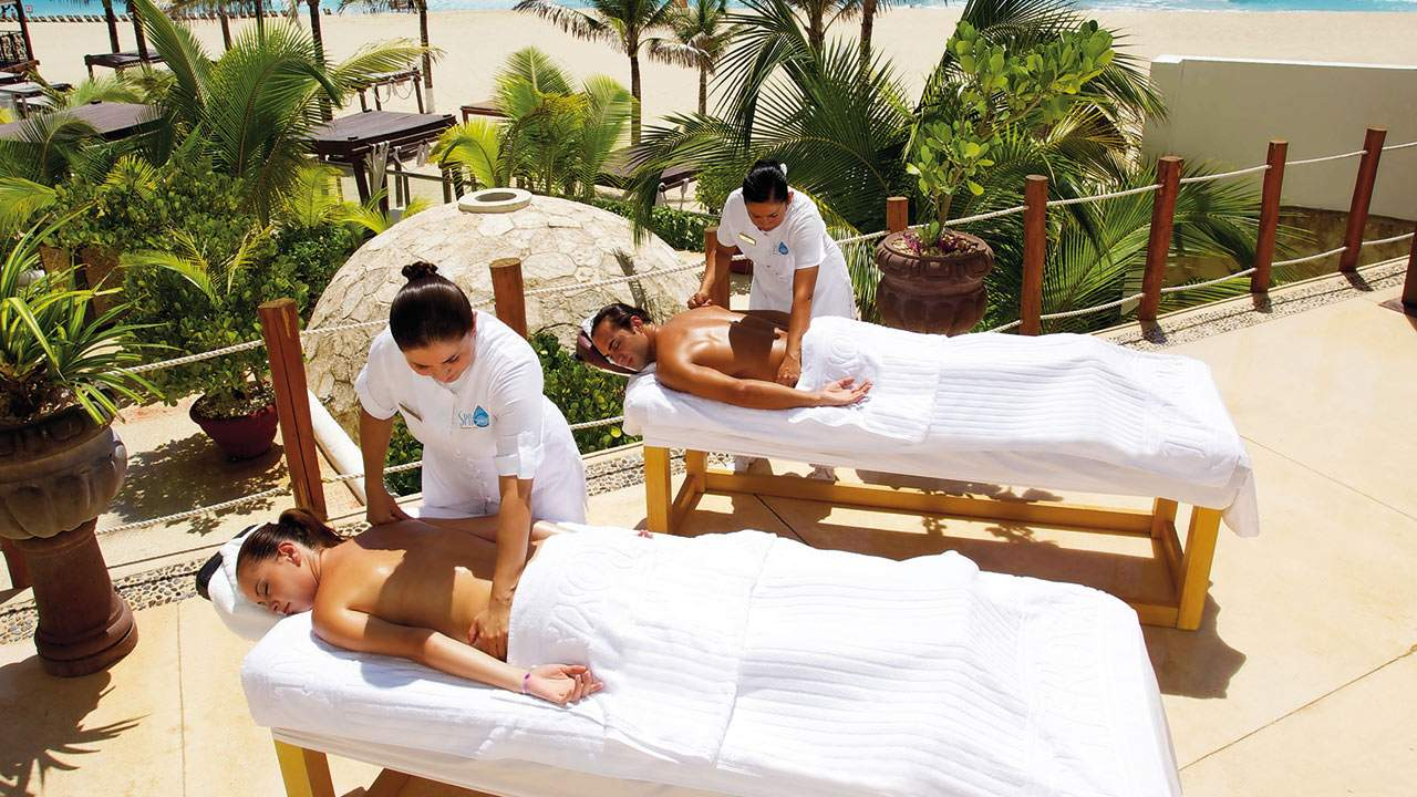 thailand_massage-on-the-beach-06