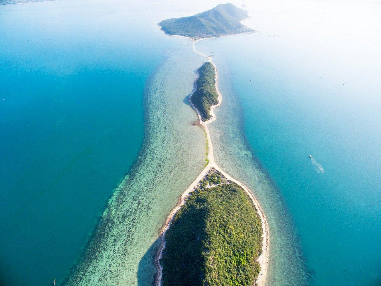 Đảo Điệp Sơn – Con đường đi bộ trên biển độc đáo