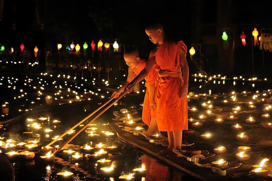 thailand_le-hoi-den-troi-chiang-mai-06