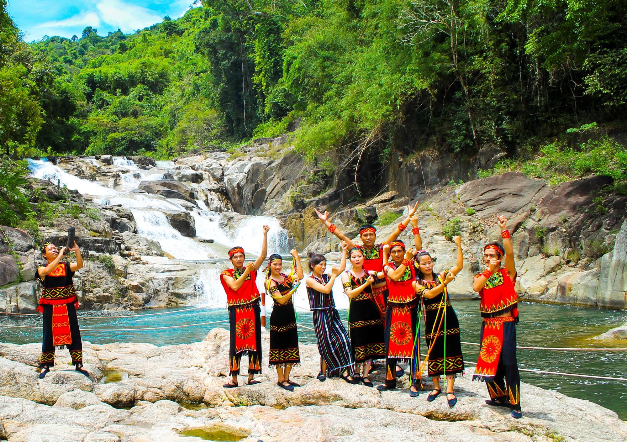 Thác Yang Bay - Non nước hữu tình 1 tại Nha Trang