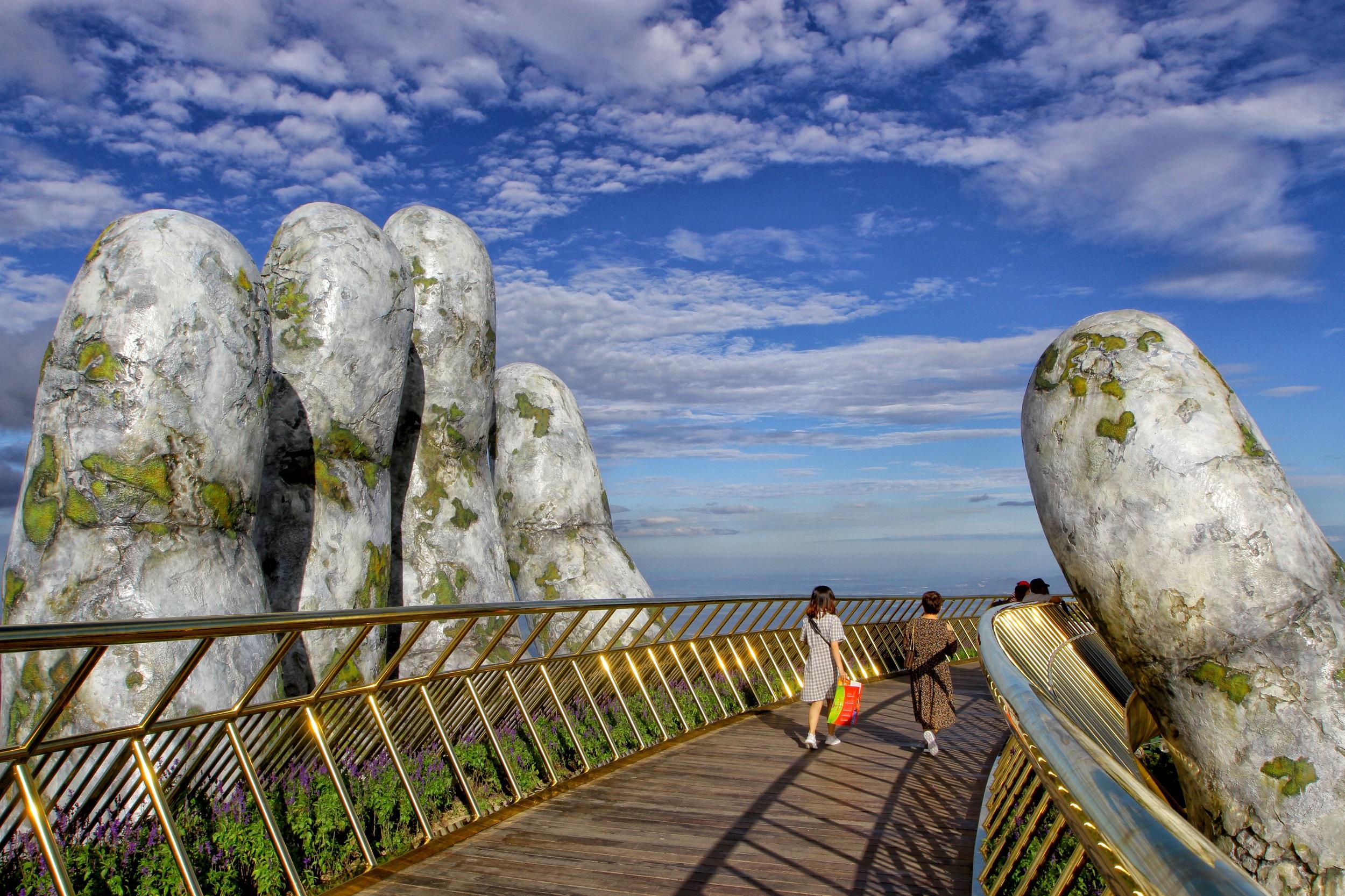 """Photo of Ăn chơi """"cạn ví"""" với kinh nghiệm du lịch Đà Nẵng 3 ngày"""