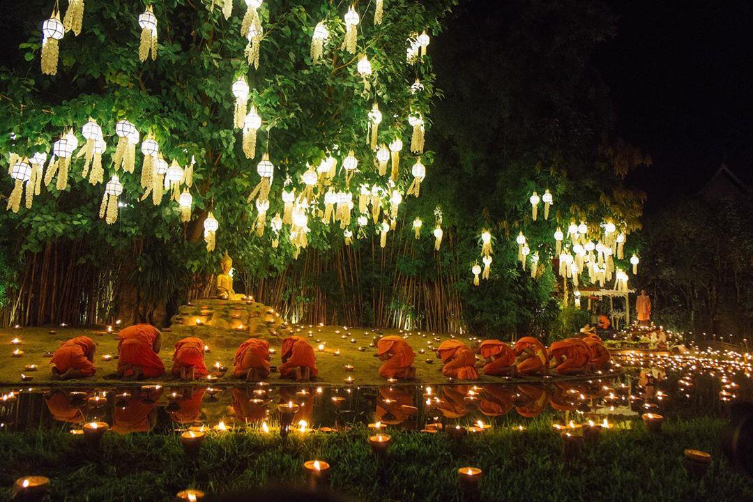 thailand_le-hoi-den-troi-chiang-mai-07