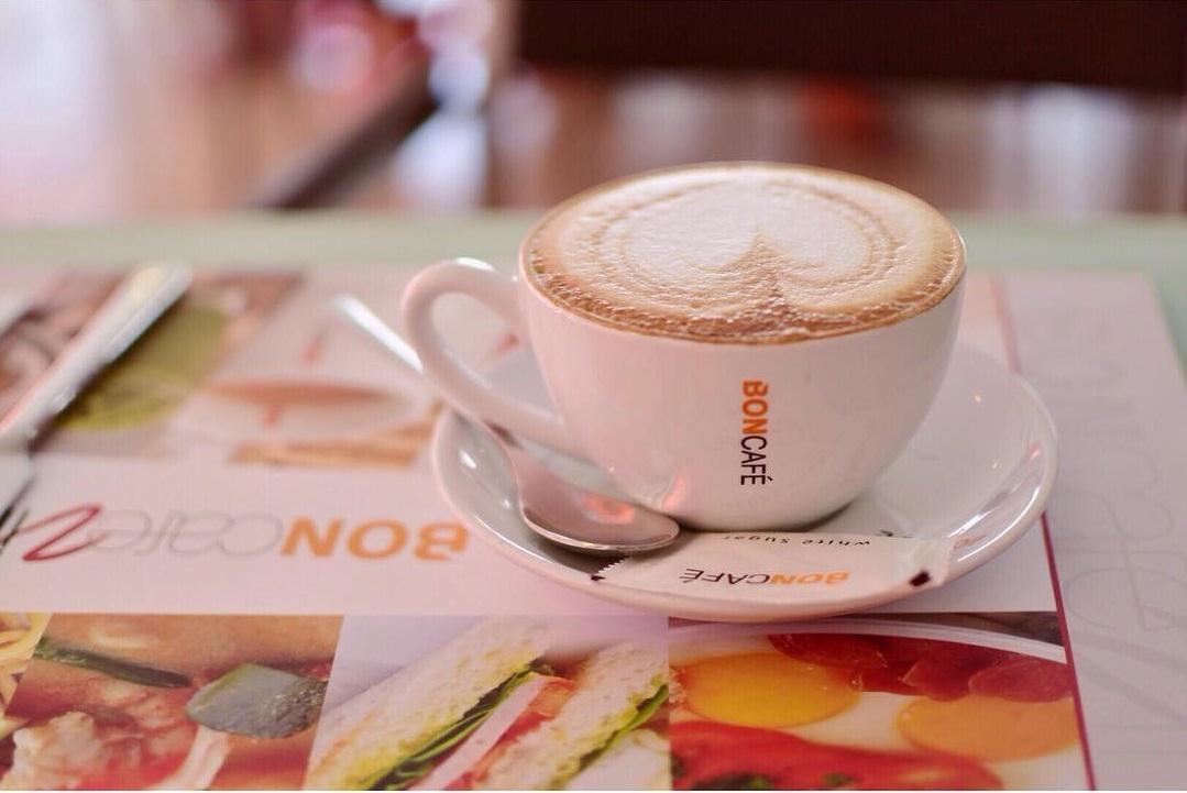 quan-cafe-o-pattaya-04