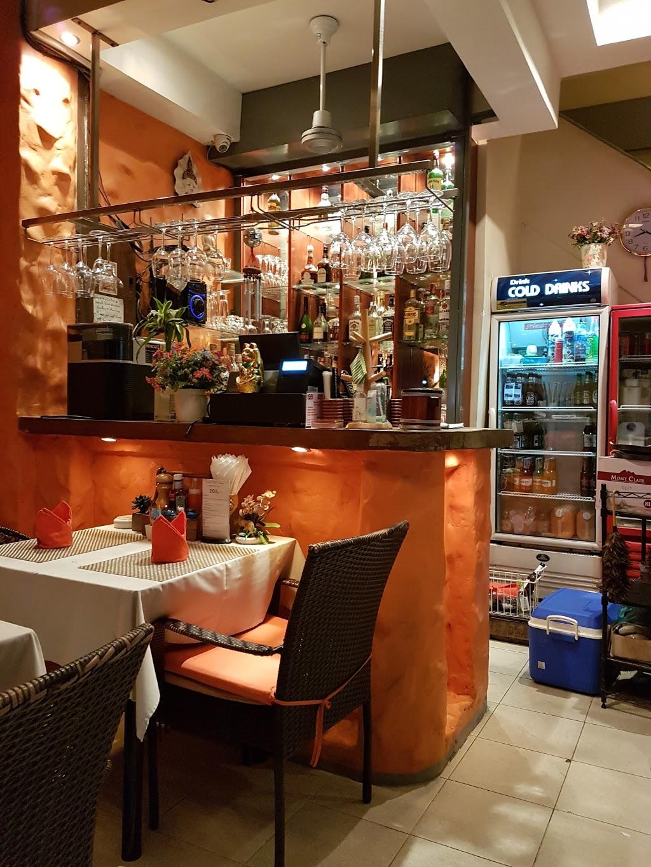 quan-cafe-o-pattaya-06