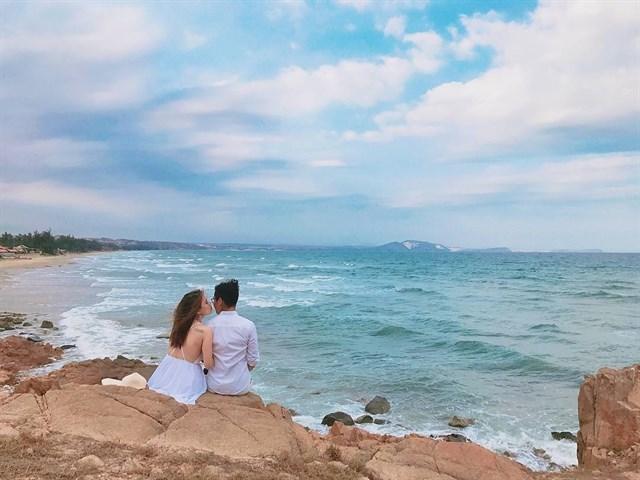Cháy hết mình với bãi biển Hòn Rơm Mũi Né - Halo Travel - Cộng Đồng Du Lịch  Việt Nam