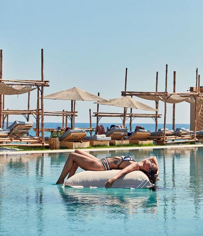 """Photo of """"Bỏ túi"""" 3 khách sạn ở Phú Quốc gần biển giá rẻ chất lượng cao"""