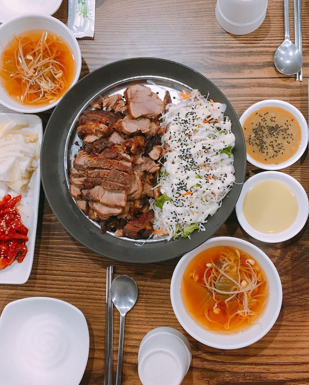 nha-hang-ngon-o-seoul-03