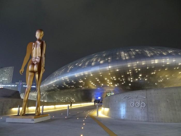 hanquoc_dong-daemun-plaza-02