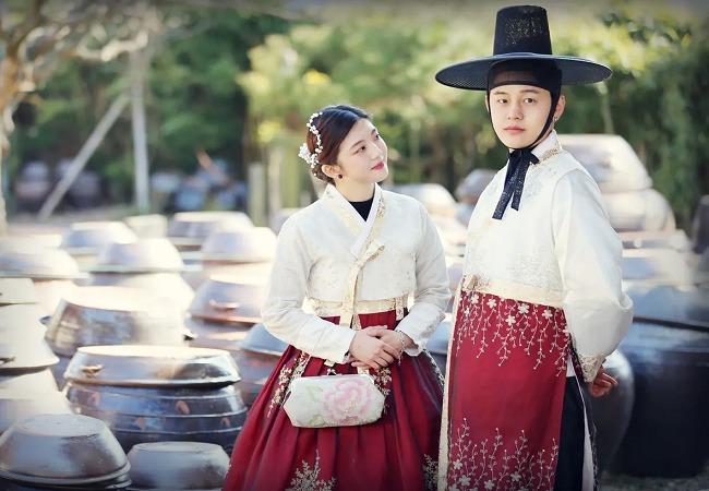 hanquoc_thue-hanbok-o-Gyeongbokgung_04