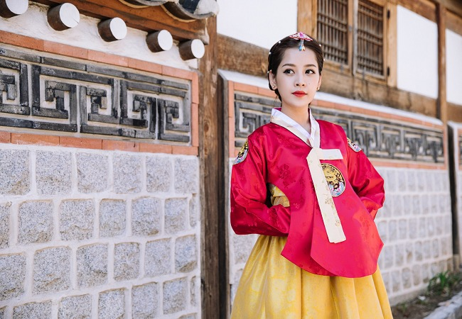 hanquoc_thue-hanbok-o-Gyeongbokgung_05