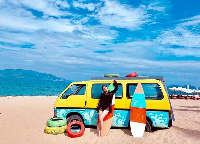nhatrang_happy-beach_01