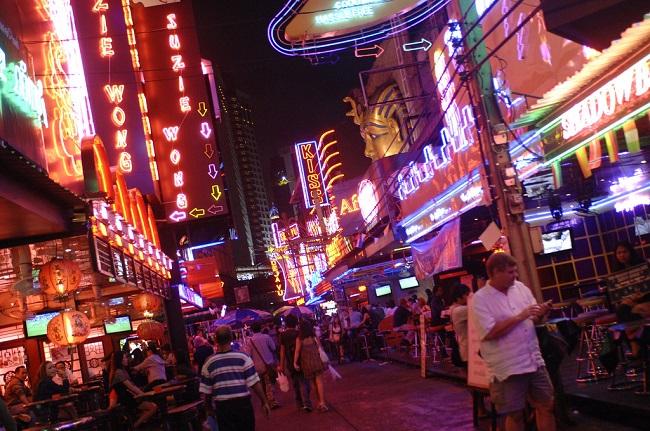thailan_nha-nghi-o-bangkok-01