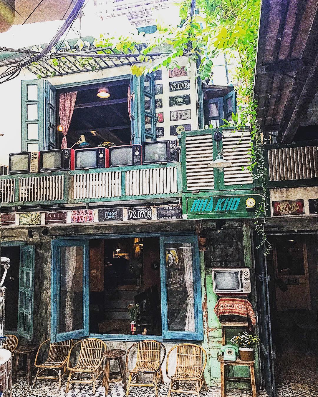 hanoi_nhung-quan-cafe-phong-cach-bao-cap-o-ha-noi-06
