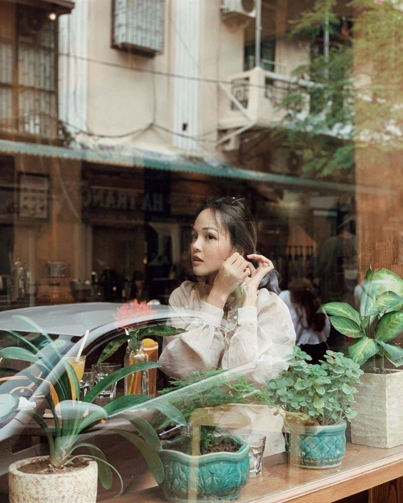 Hanoi-Ban-cong-cafe-07