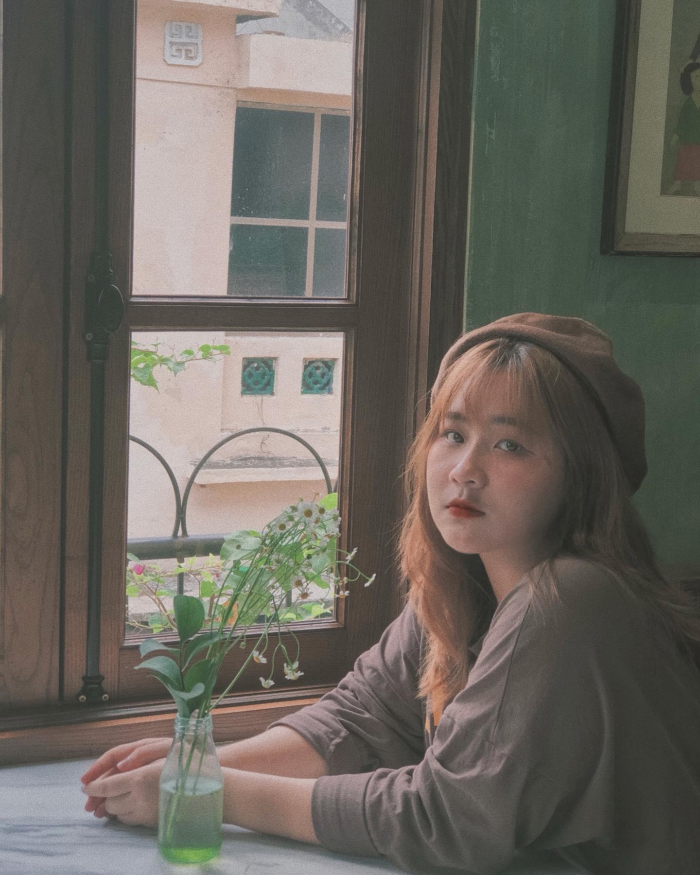 ha-noi-ban-cong-cafe-778