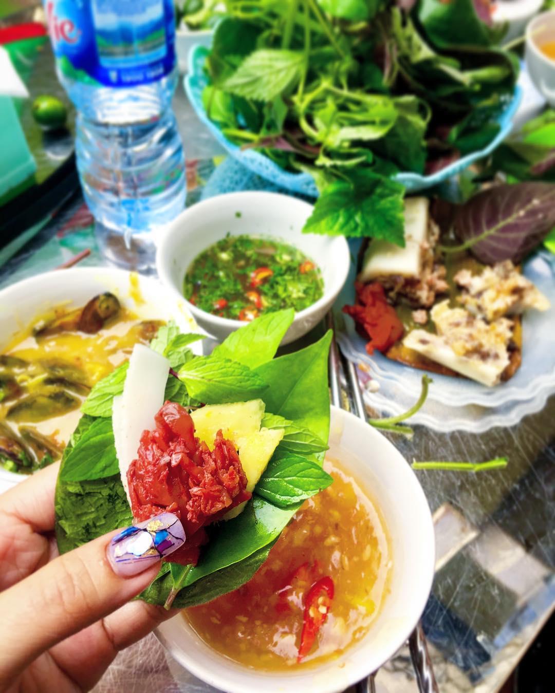 haiphong-mon-ngon-cho-co-dao-09