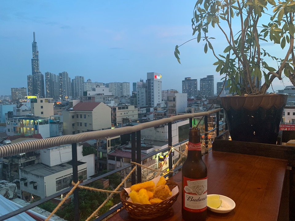 Chang-vang-Rooftop-Beer