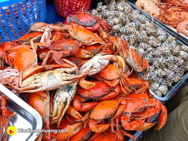 Saigon_an-tom-cang-o-sai-gon-05