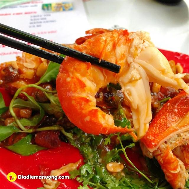 Saigon_an-tom-cang-o-sai-gon-04