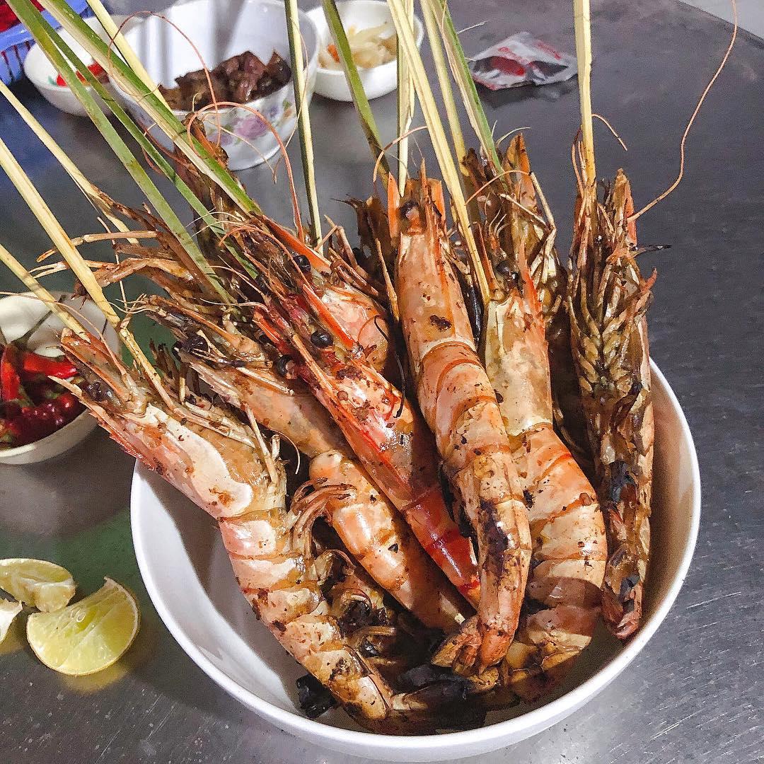 Saigon_an-tom-cang-o-sai-gon-10