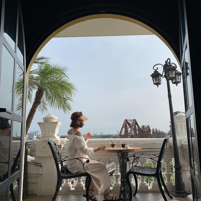 ha-noi-cafe-view-tau