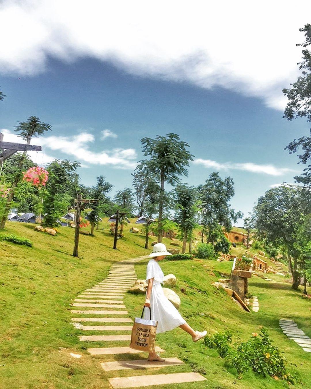 hue_bach-ma-village-04