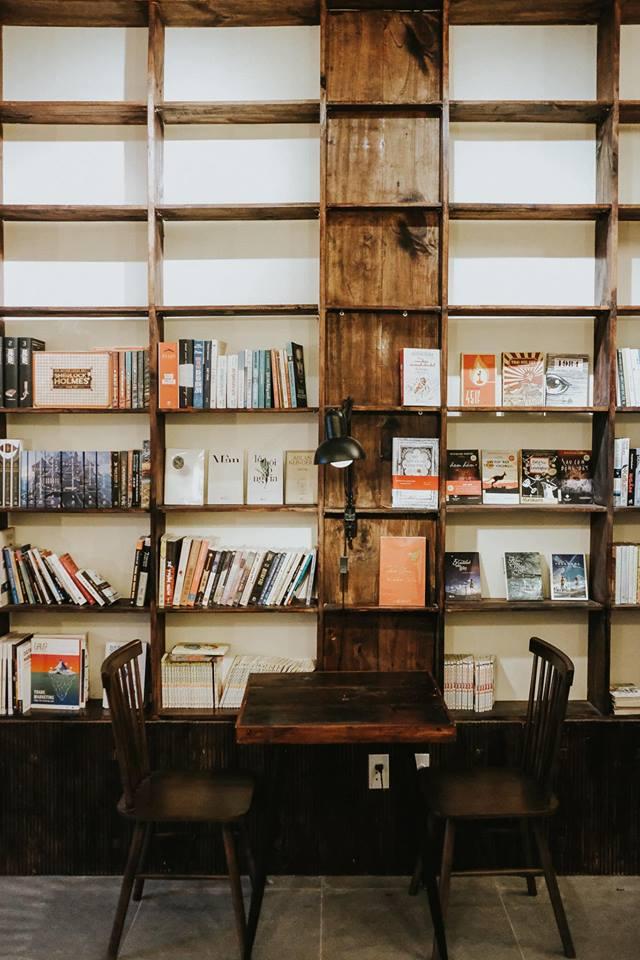 sai-gon-cafe-dep-tai-sai-gon-rosaria-book-coffee-1