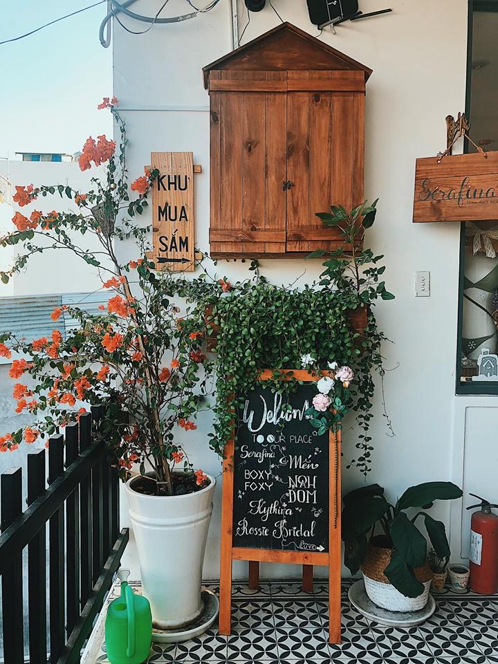 sai-gon-cafe-nang-rooftop-cafe-sai-gon-6