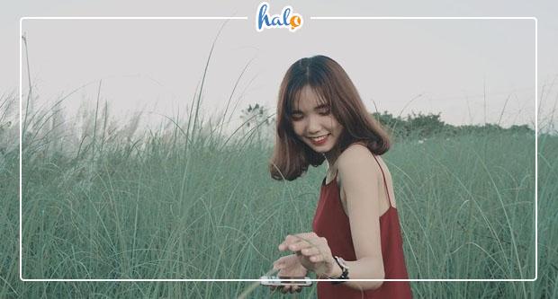 """Photo of """"Sải bước khiêu vũ"""" với CÁNH ĐỒNG CỎ LAU ngợp trời ở Đà Nẵng"""