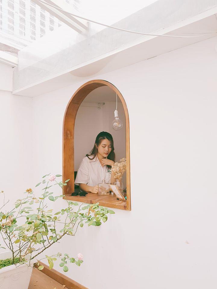 Saigon-reading-cabin-09