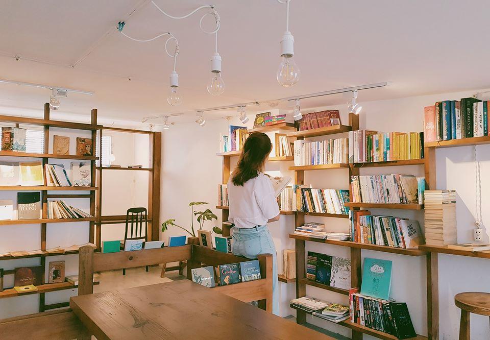 Saigon-reading-cabin-07