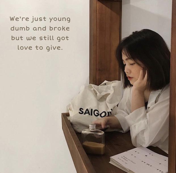 Saigon-reading-cabin-04