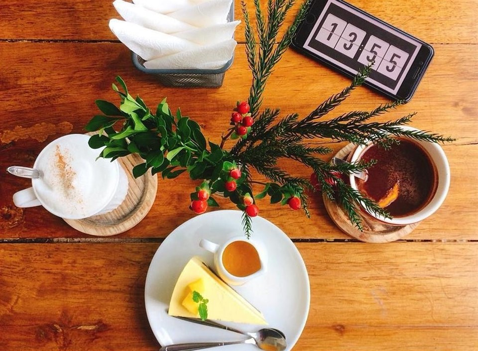 ha-noi-cafe-giang-sinh-cot-5
