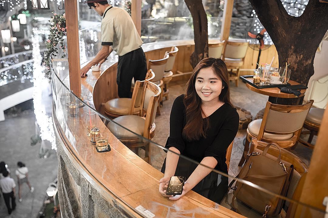 khong gian nha treo tai City Garden Cafe 4