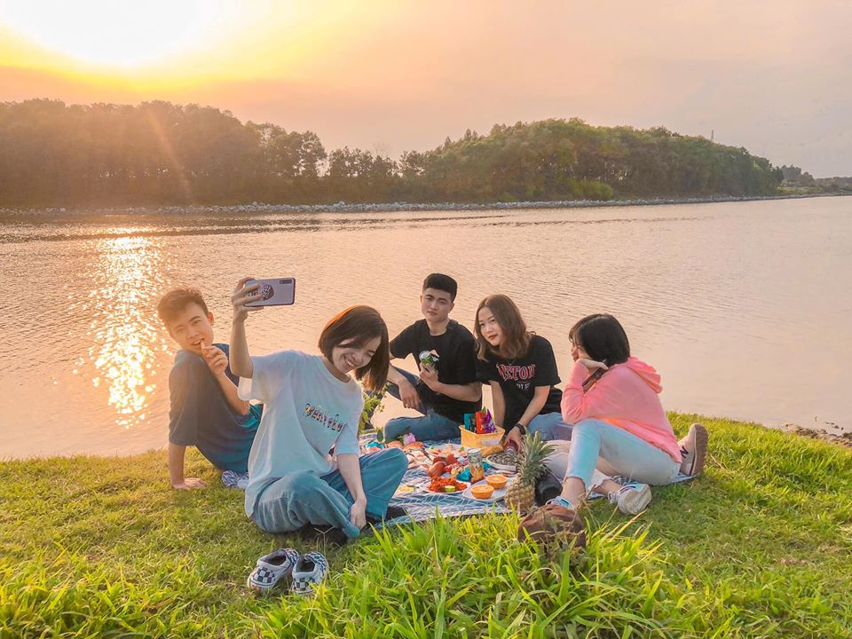 picnic-ven-song-Cau-04