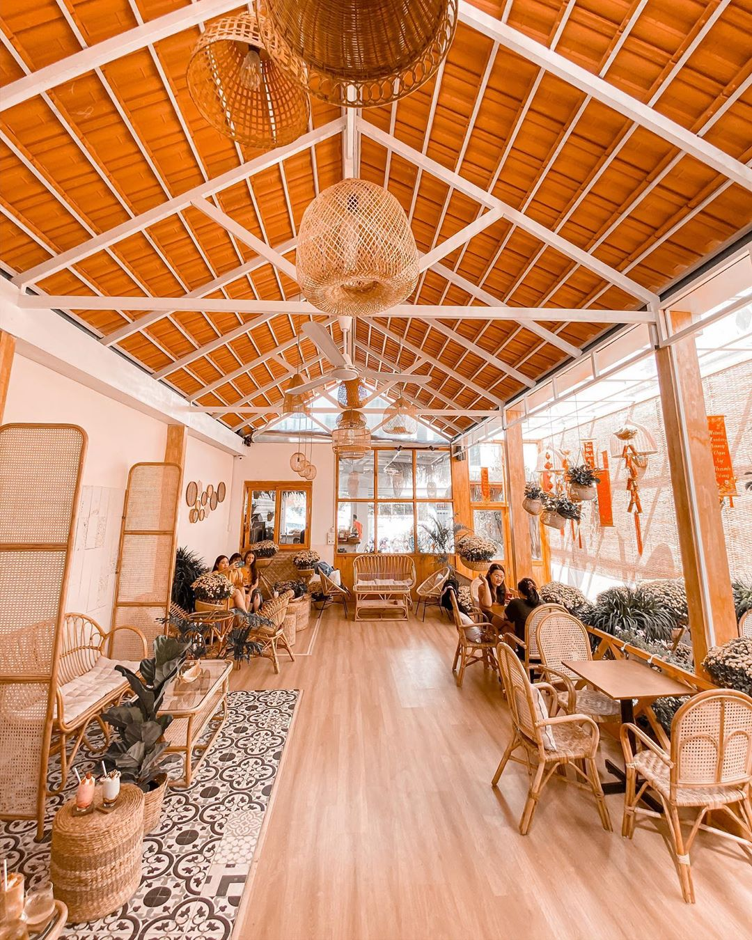 sai-gon-khom-cafe-quan-1-16