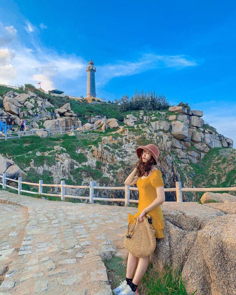 Ngọn hải đăng Mũi Điện ở Phú yên