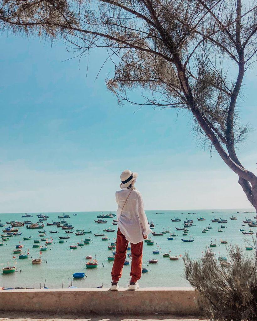 Địa-điểm-du-lịch-Phan-Thiết-lang-chai-mui-ne