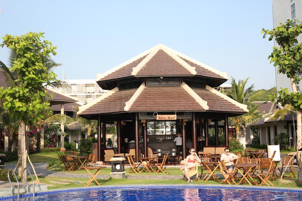 Khach-san-phu-quoc-gan-bien-Anja-Beach-Resort-&-Spa