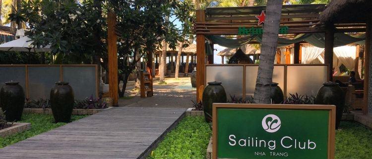 quan-bar-nha-trang-sailing-club