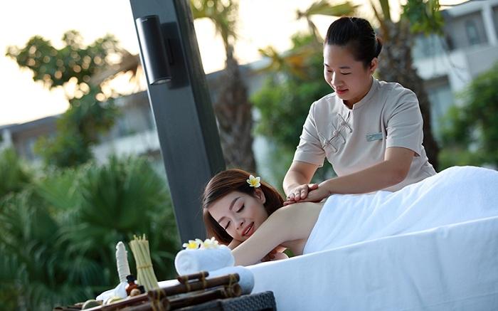 Royal Lotus Halong Resort & Villas 12