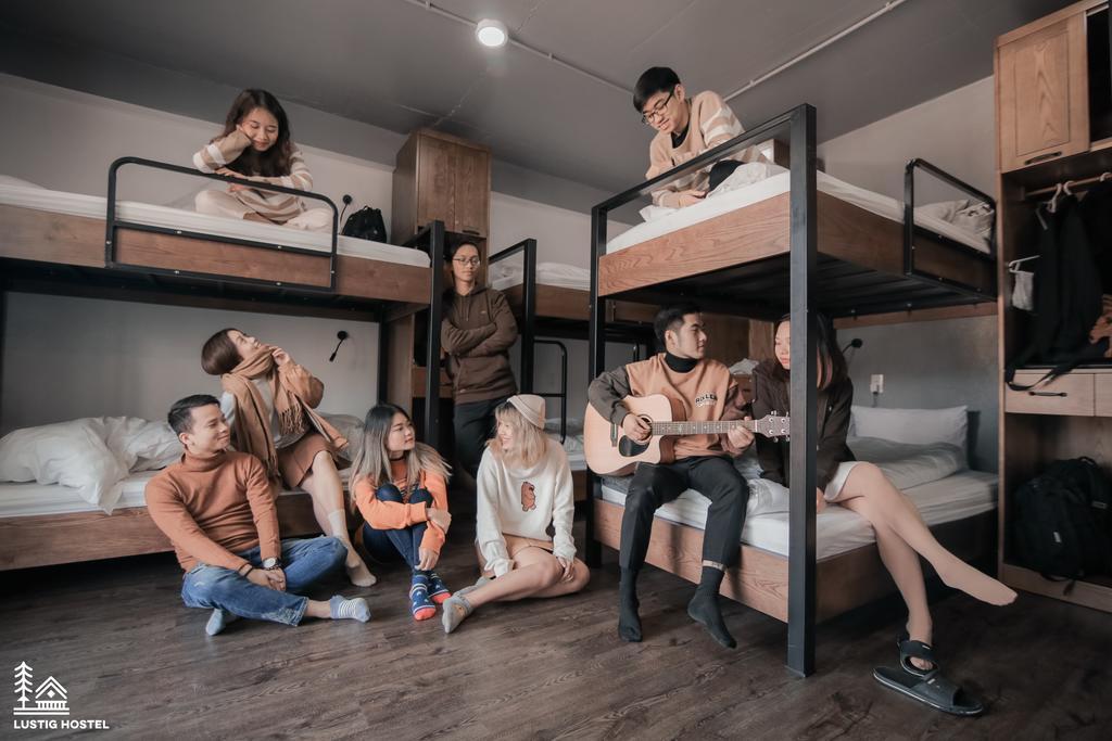 Lustig Hostel