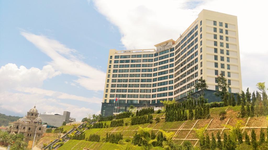 aristo-international-hotel