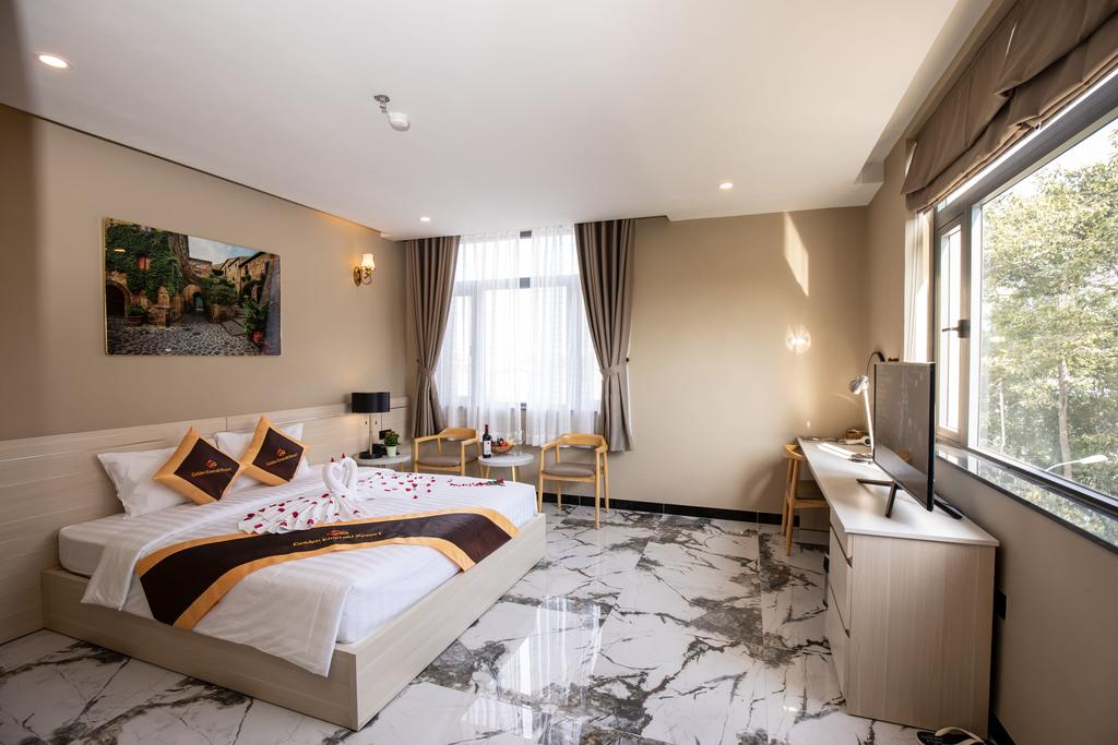 Golden Emerald Resort cu chi 4