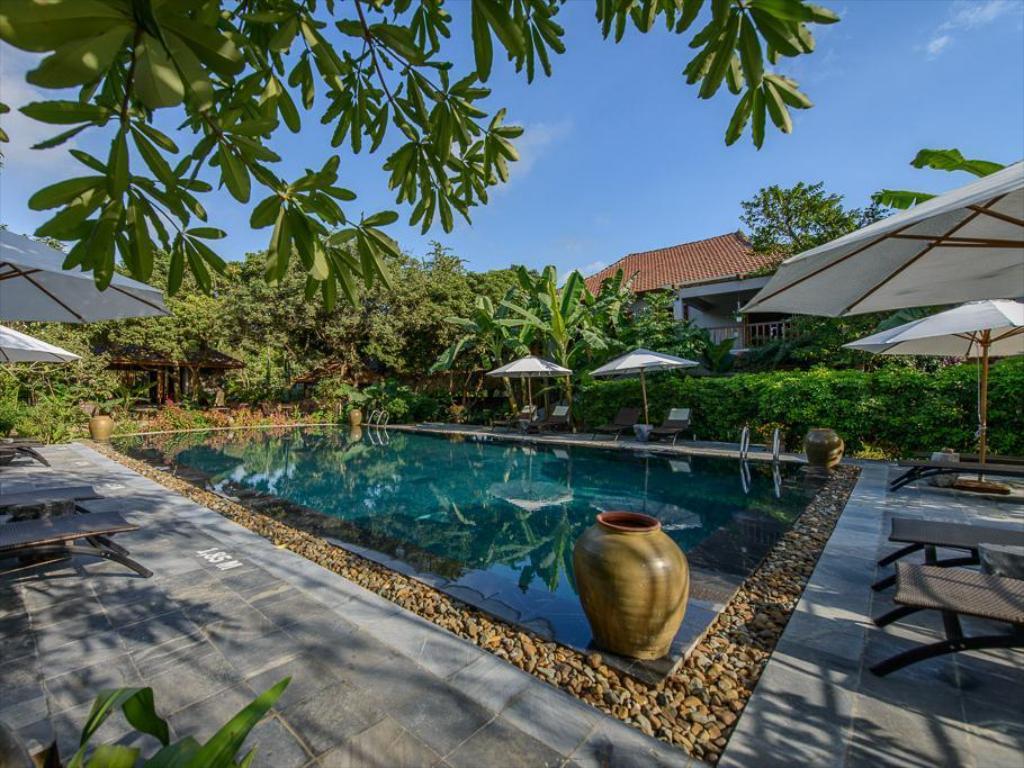 Tam Coc Garden Resort massage