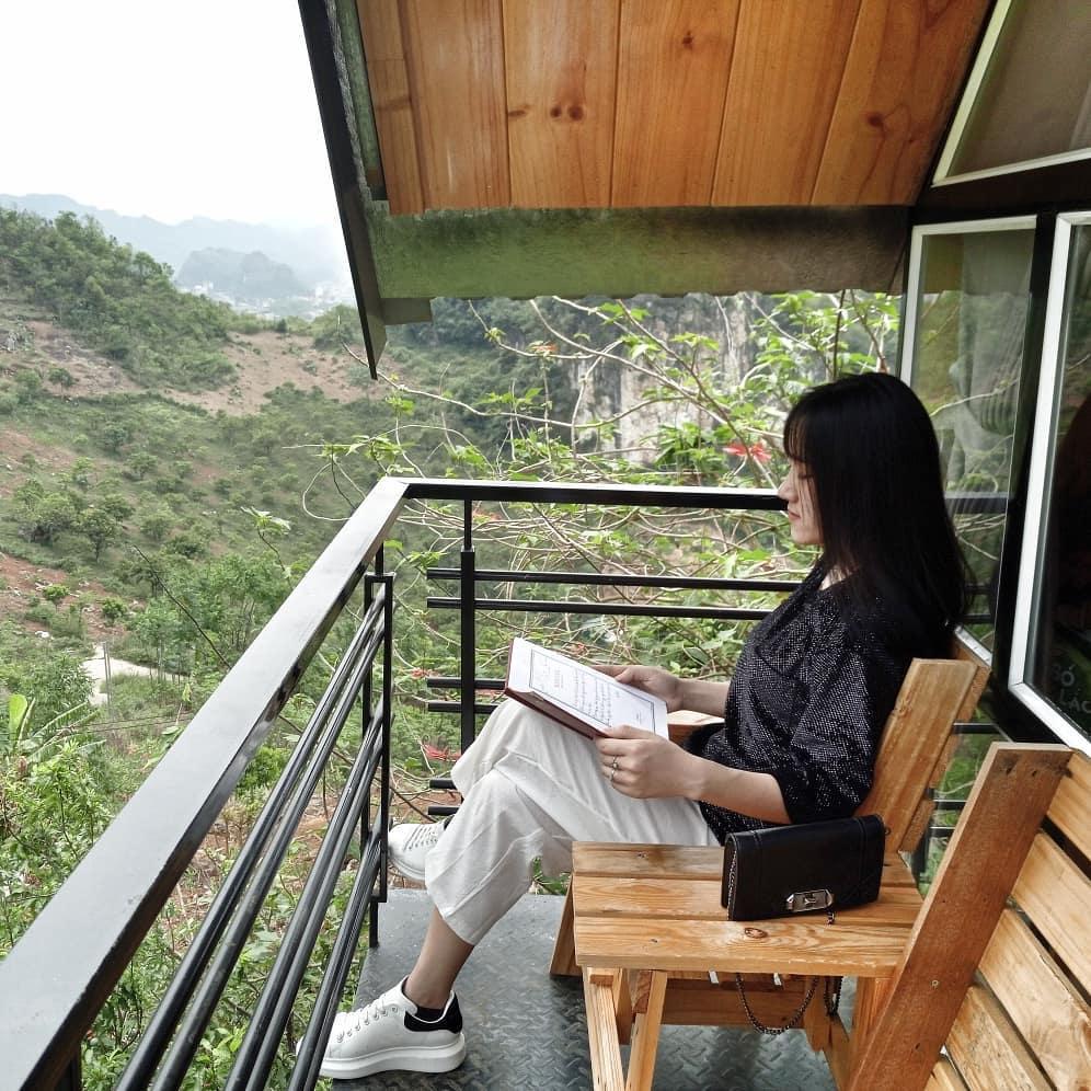 view ban cong homestay