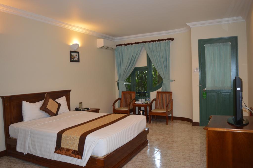 phuong nam resort binh duong 16