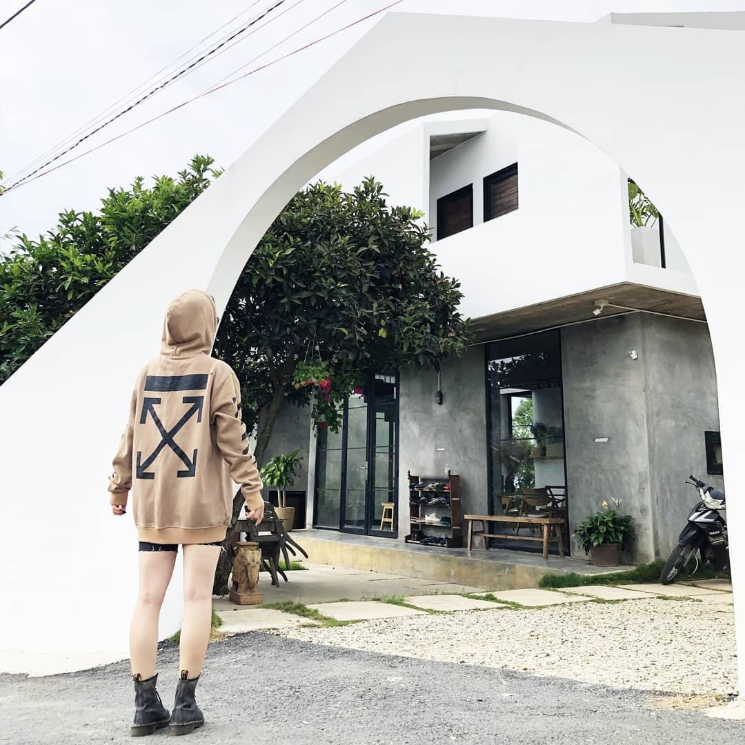 cong vao choi house