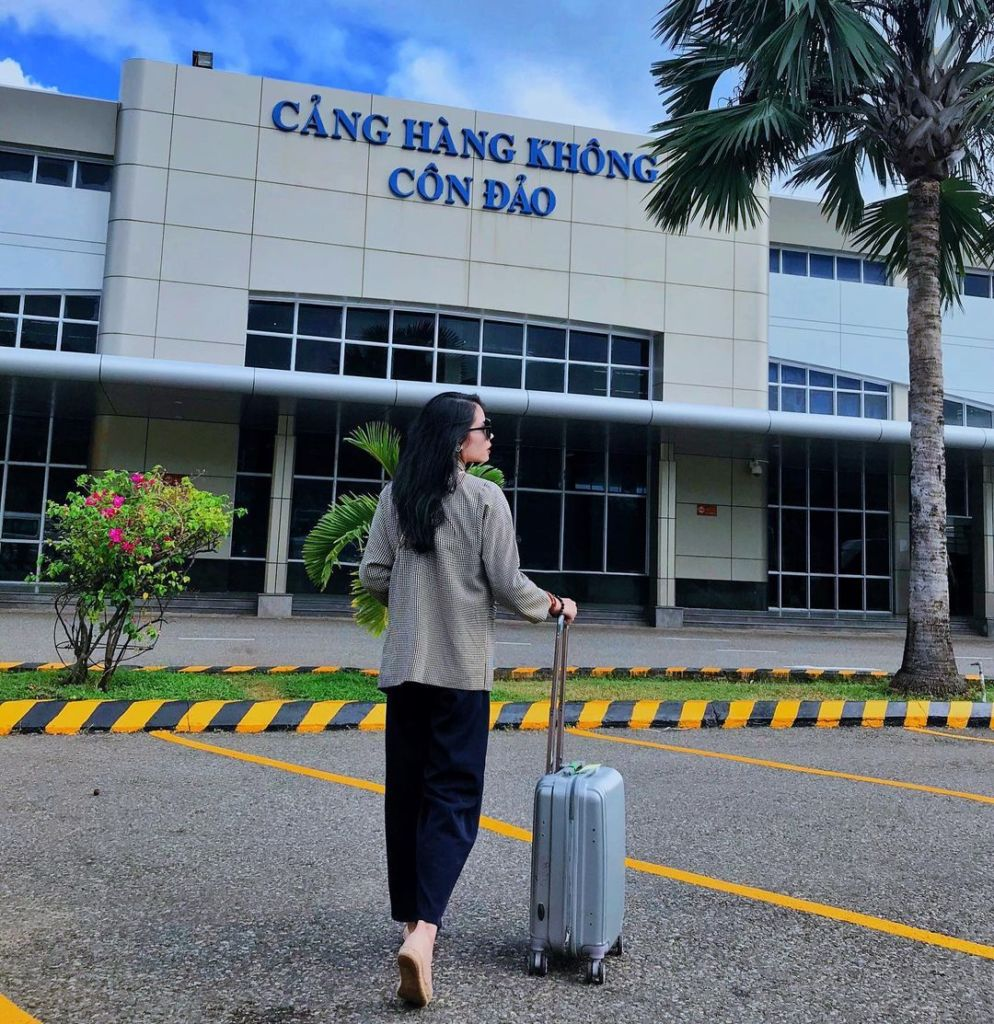 cang hang khong con dao